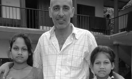 1Nirmala-y-Kamala-con-José-Díaz