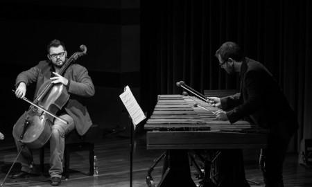 Concierto de Socos Dúo. César Martín, marimba. Ciro Hernádez, chelo. Espacio Cultural de CajaCanarias © Aarón S. Ramos