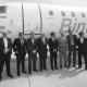 Avión-con-logo1008