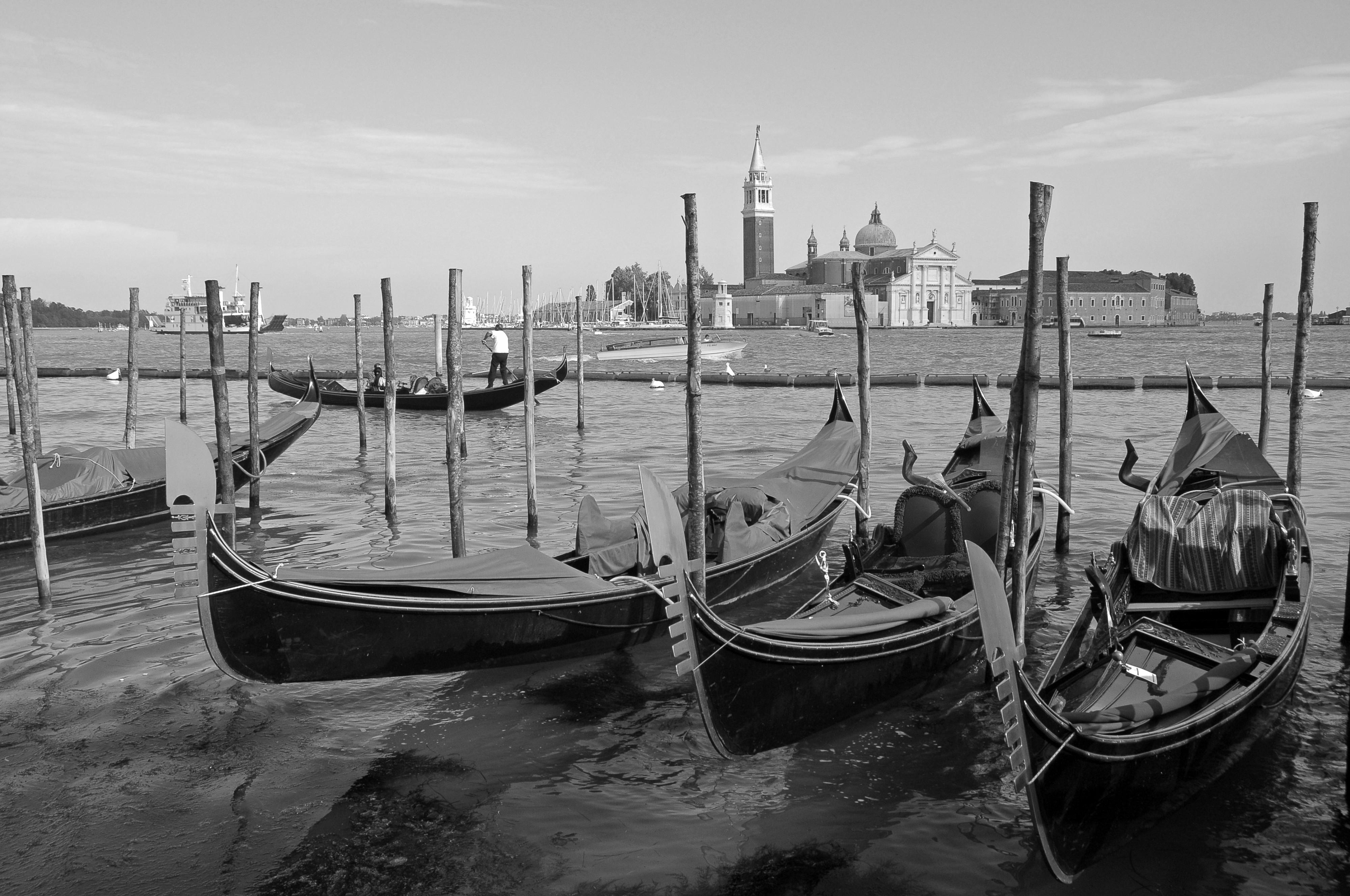 005-Venecia-gondolas