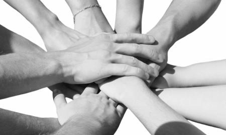 manos-unidas-ConvertImage