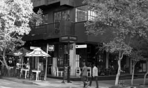 EsquinadelascallesFoxyKrugerenMaboneng(Johannesburgo)