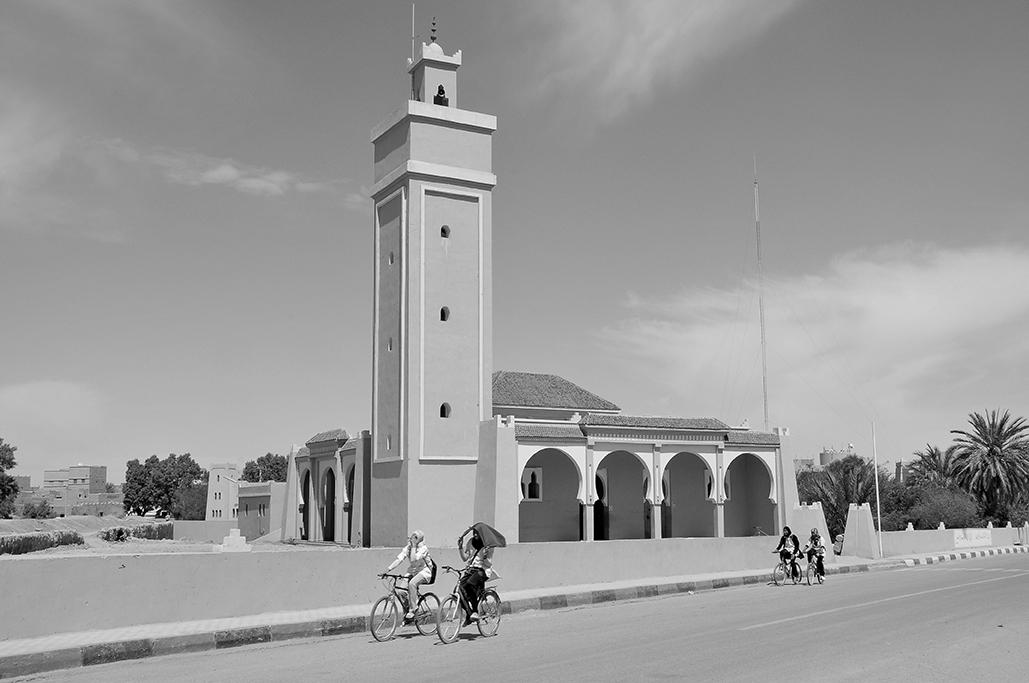 Mezquita en la entrada de Rissani