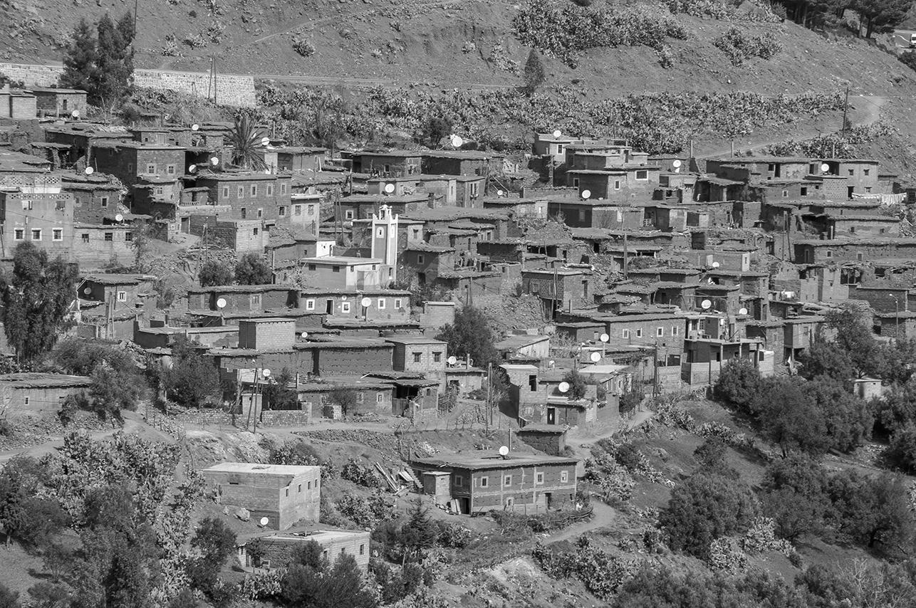 Poblado bereber de adobe, en las montañas del Atlas.