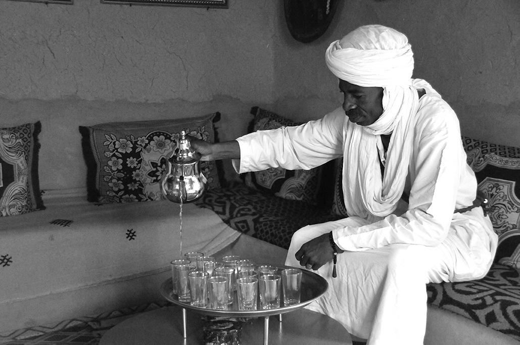 Tomando té con los gnawas