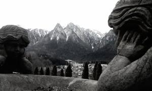 stone-sculpture-2837081_1280