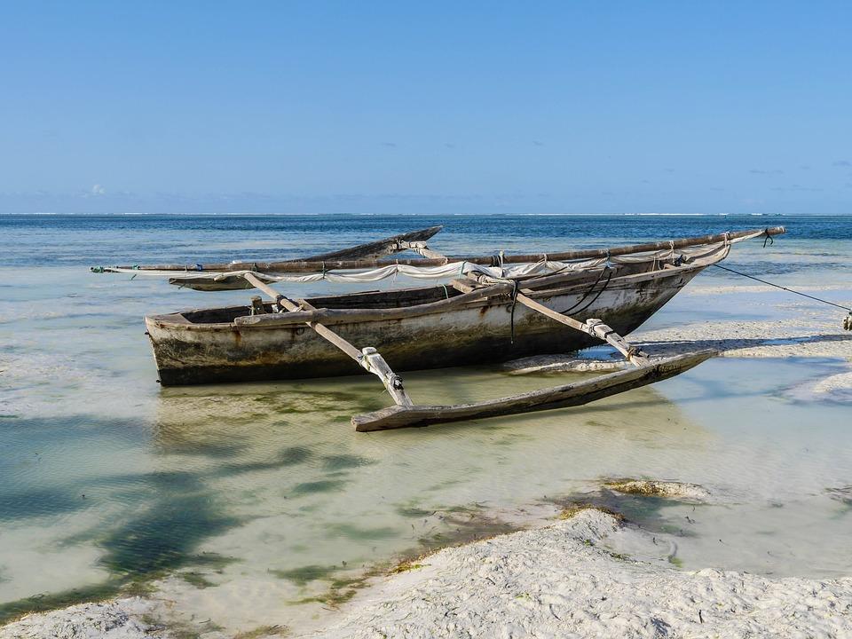 fishing-boat-3241419_960_720