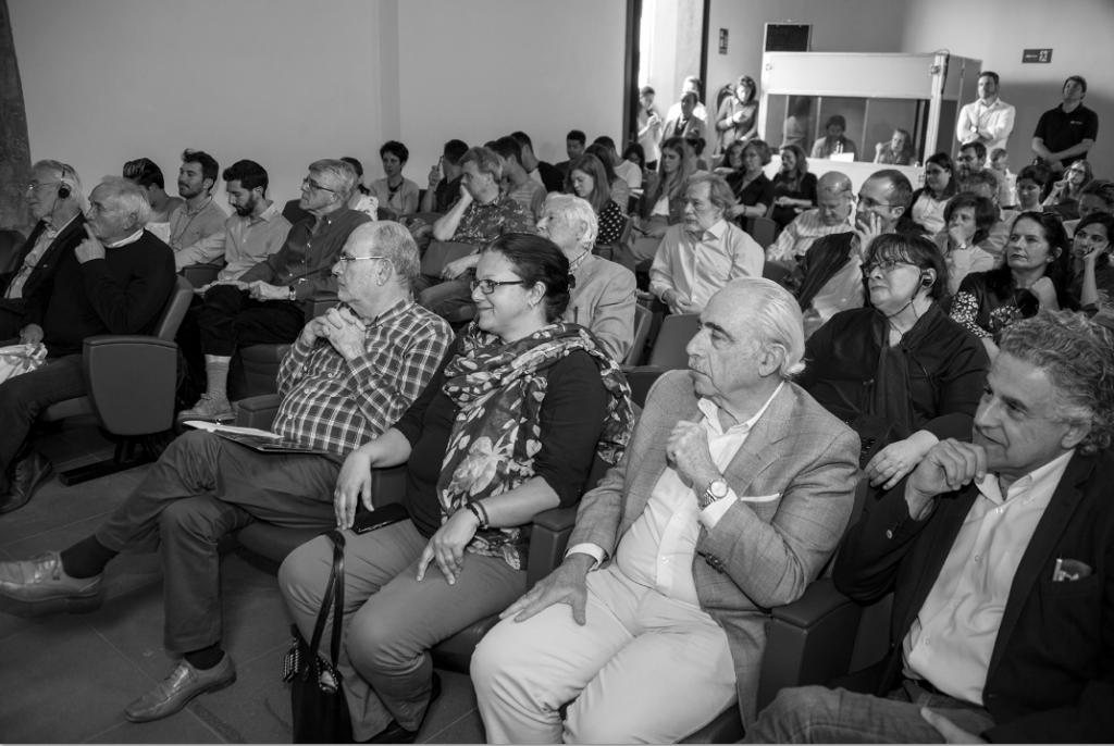 Público asistente a la presentación del seminario Buen vivir, paisaje de bancales, este viernes, en la sede de Fundación Cajacanarias de Garachico. FOTO: Salvador Aznar