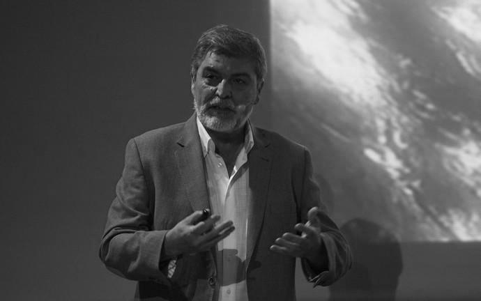Jesús Martínez Frías