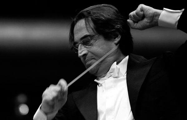 Retrato del director Riccardo Muti, en plena acción. / CANARIAS3PUNTOCERO