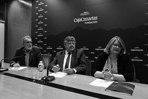 Directivos de la Fundación CajaCanarias, en foto de archivo. / CajaCanarias