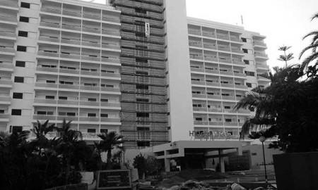 Hotel en proceso de mejora, en Tenerife. / CANARIAS3PUNTOCERO