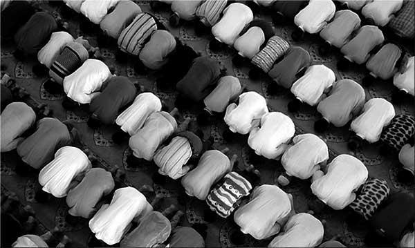 150120-01-FOTO-ISLAM-(DENTRO)