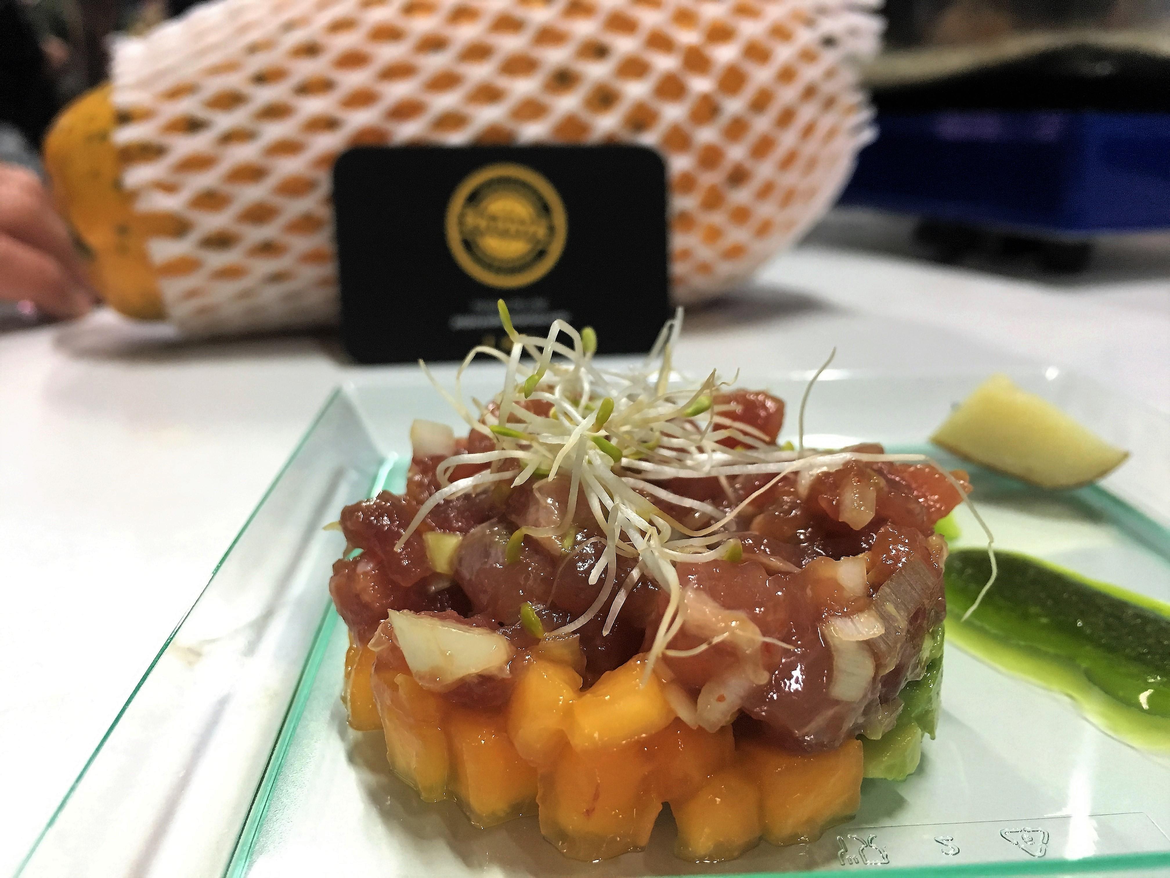 Tartar de atún con papaya