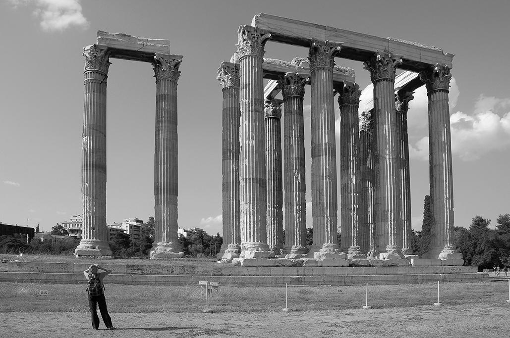 Restos del templo de Zeus Olímpico , en el corazón de la ciudad de Atenas