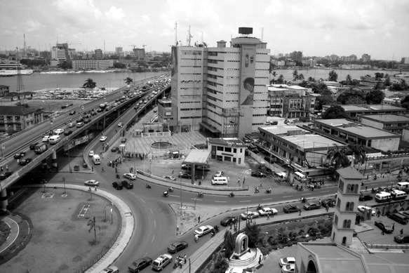 Lagos, confinada por el coronavirus